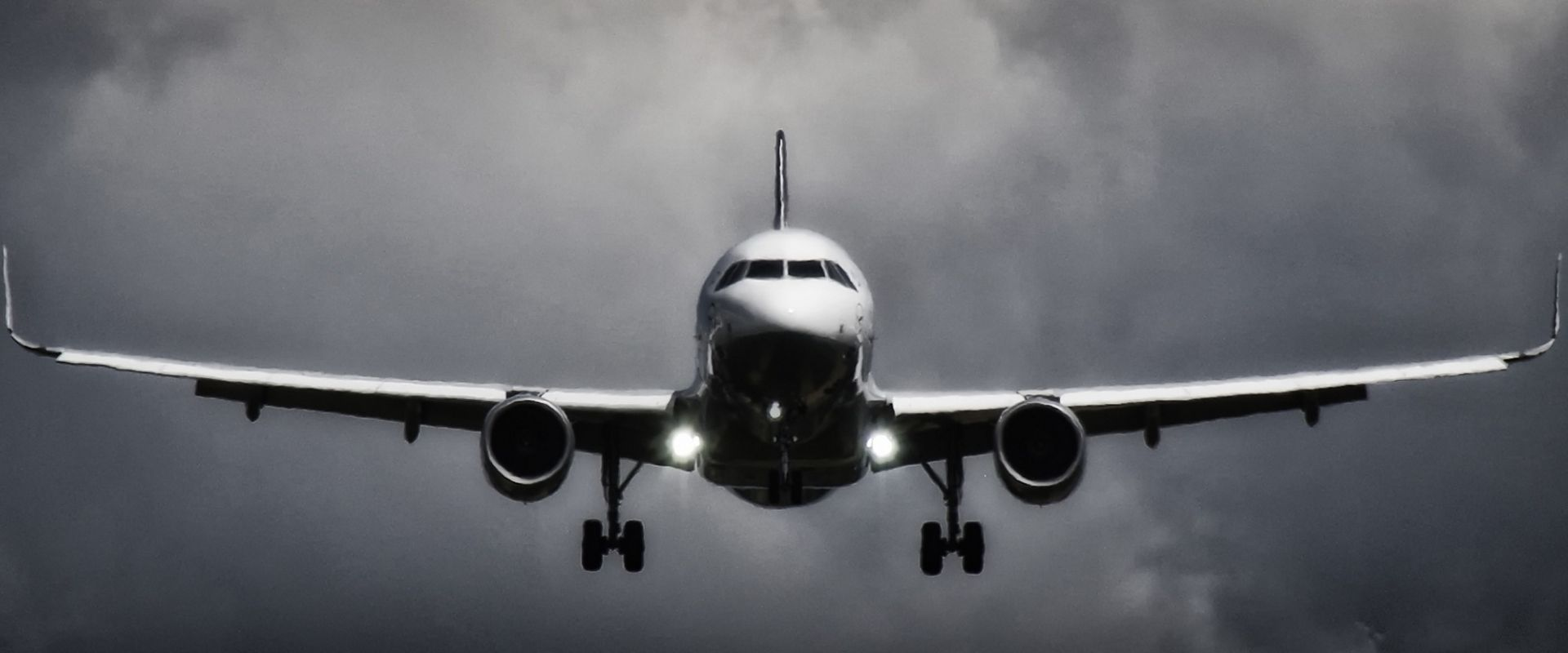 List of Valuable Safety Tips Before Flights to India